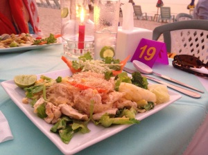 Glass noodles with chicken, a good gin and tonic and a table on the beach what more do you need?